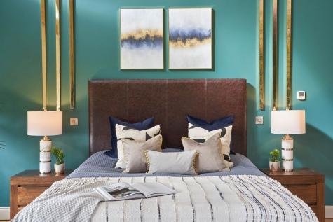 1_Bedroom-statement-design-by-AlenaCDesign